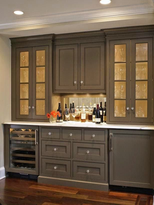 chriskauffman.blogspot.ca kitchen cabinet color?