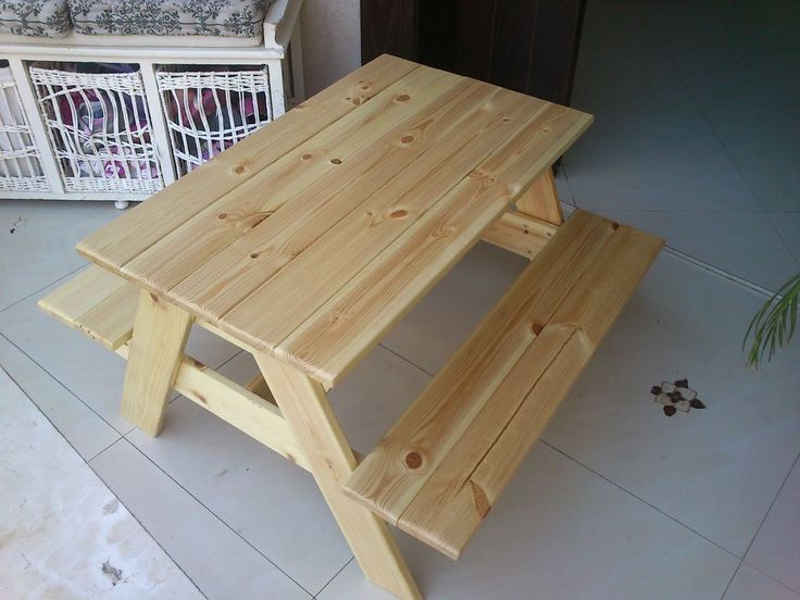 How to build a children's picnic table