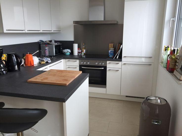 Elegant K che Sch ne zwei Zimmer Wohnung zu vermieten Nicht WG geeignet