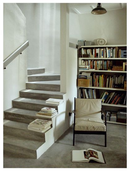 Living room /  stairs