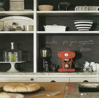 chalkboard on the back of shelves...hello!