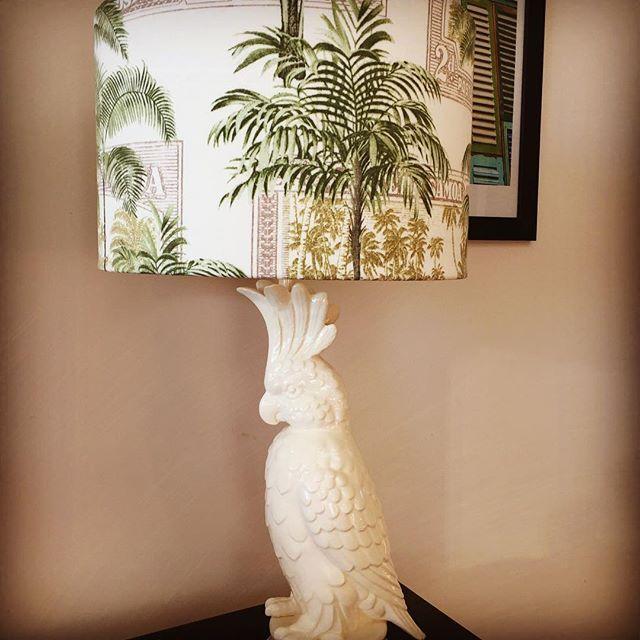 White Cockatoo Lamp