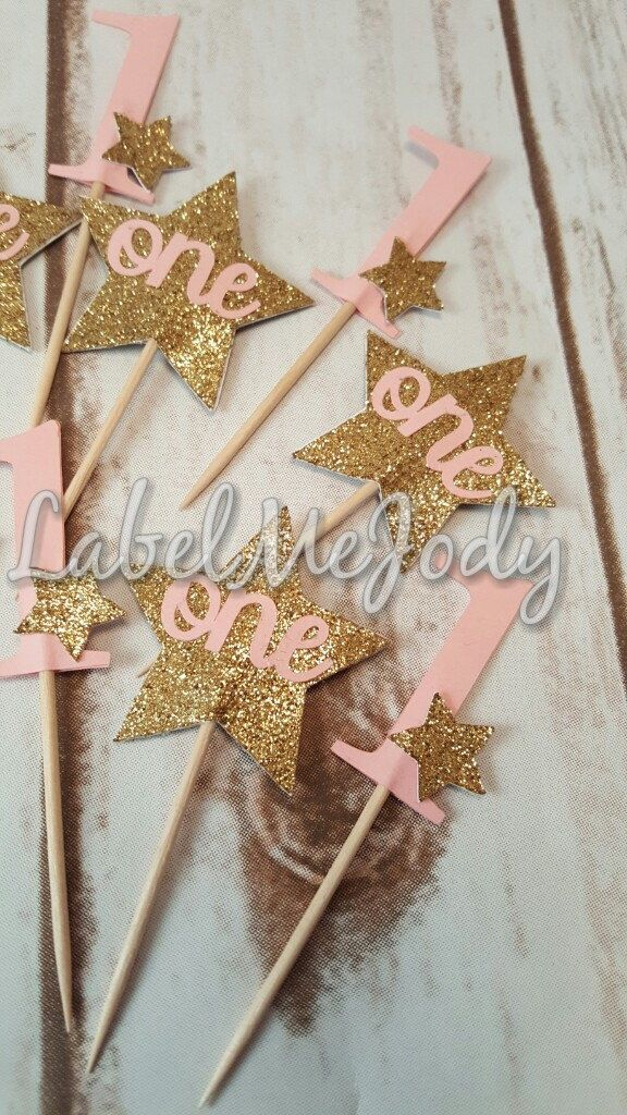 Twinkle Twinkle Little Star Cupcake Toppers | Girl First Birthday | 1 years old | Pink and Gold Glitter stars | one | Cake by LabelMeJody on Etsy https://www.etsy.com/listing/453309906/twinkle-twinkle-little-star-cupcake