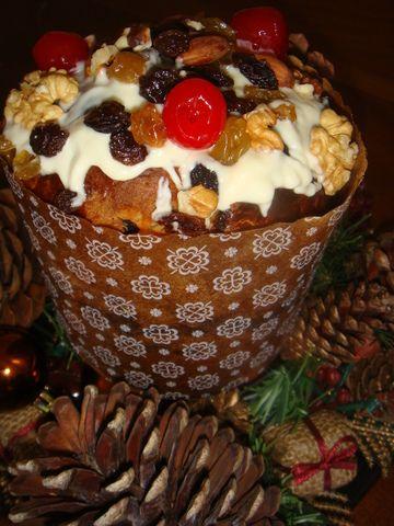 Pan dulce navideño. Ver la receta http://www.mis-recetas.org/recetas/show/4032-pan-dulce-navideno