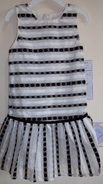 girls dress in velvet ribbon accented organza fabric...classy!