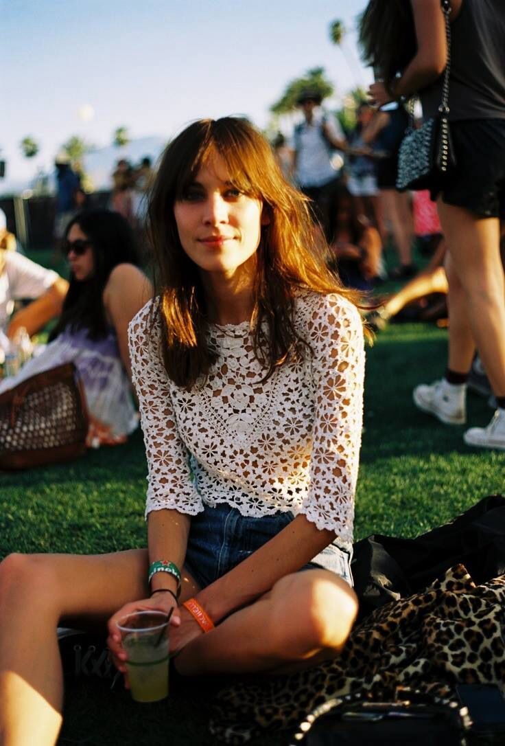 Get Inspired Coachella Looks Alexa Chung Style And Inspiration
