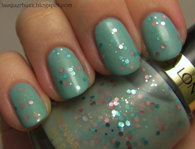 i have that nail polish!