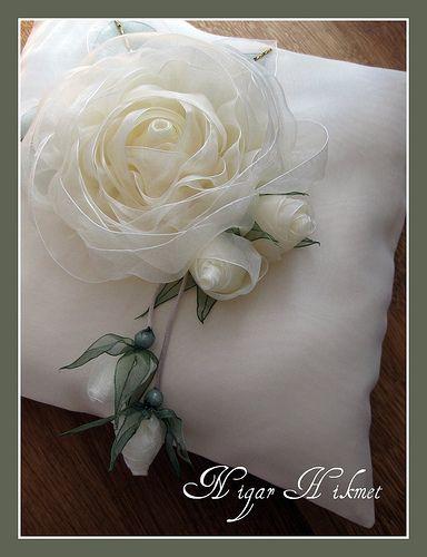 Kurdele Güller   Belçikadan Süreyya hanımın kızı için hazırl…   Flickr