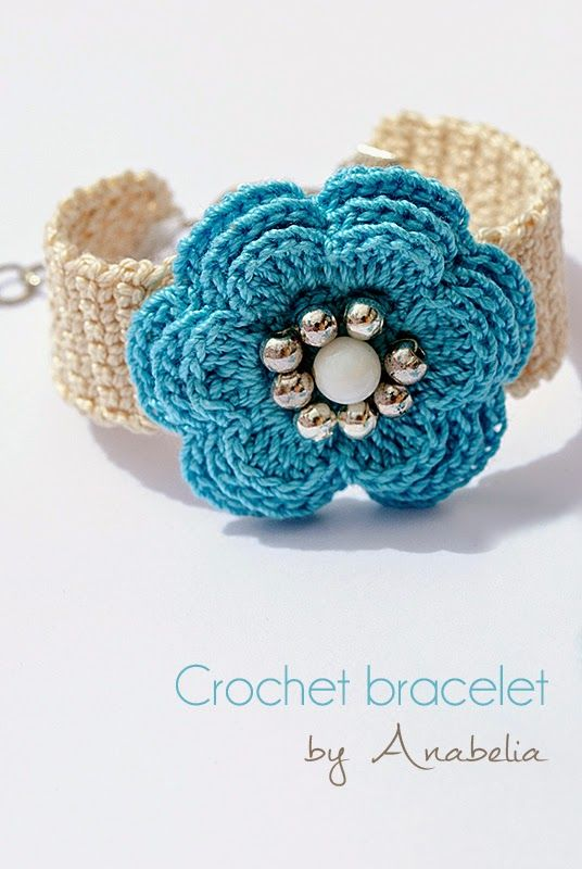 Pulsera de ganchillo de la turquesa por Anabelia..crochet inspiration..What a pretty bracelet!!