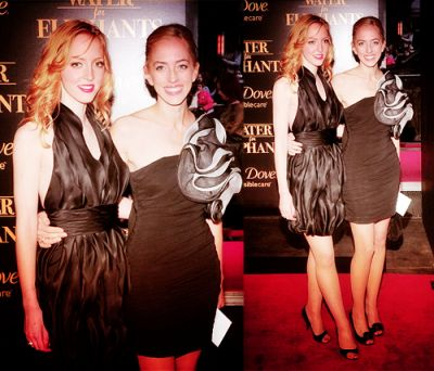 Tumblr Lizzie and Victoria Pattinson at the WFE Premiere NY