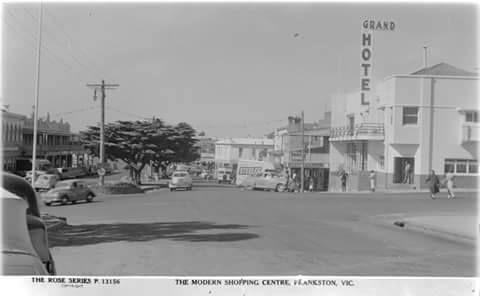 Nepean Highway Shops, Frankston