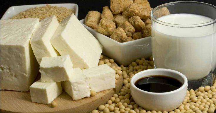 Descubra como evitar algunos de los alimentos de soya, porque realmente la soya no es buena para la salud y por que es arriesgado comerla. http://espanol.mercola.com/boletin-de-salud/la-soya-puede-danar-su-salud.aspx