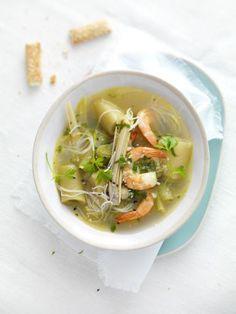 Bouillon thaï aux poireaux, crevettes et citronnelle : Recette de Bouillon thaï aux poireaux, crevettes et citronnelle - Marmiton