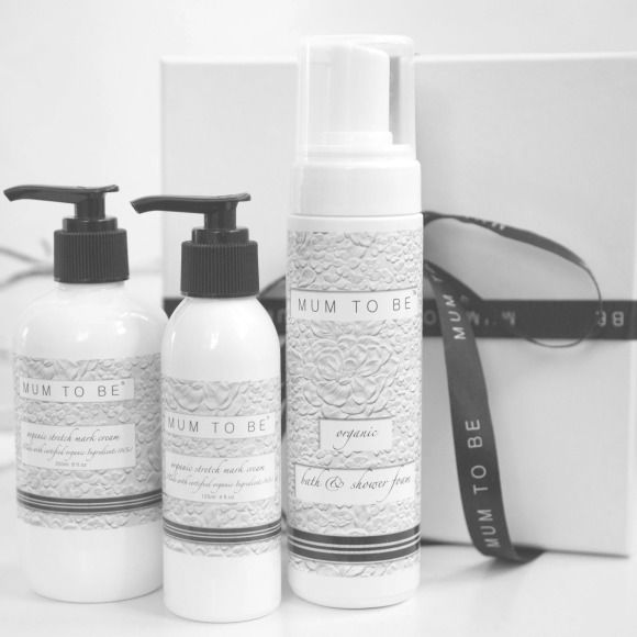 This is a perfect gift for the special mum-to-be in your life. This gift comes presented in a gift box with mum-to-be ribbon and consists of our certified organic stretch mark cream and our organic bath & shower foam.