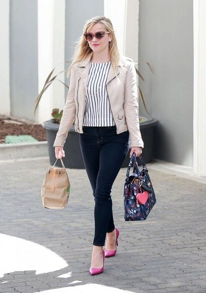 Actress Reese Witherspoon stops by her office in Beverly Hills, California on March 23, 2017. Reese celebrated her 41st birthday yesterday with friends in Beverly Hills.