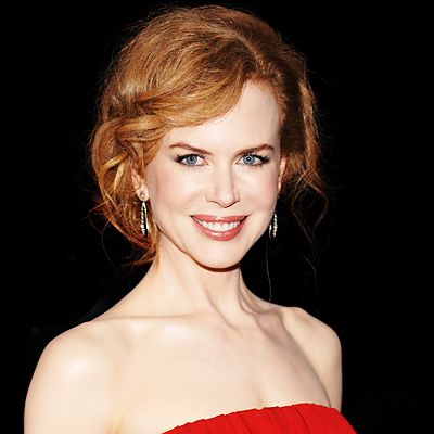 Nicole Kidman is another class act! So glamorous and striking! I am a HUGE Moulin Rouge fan