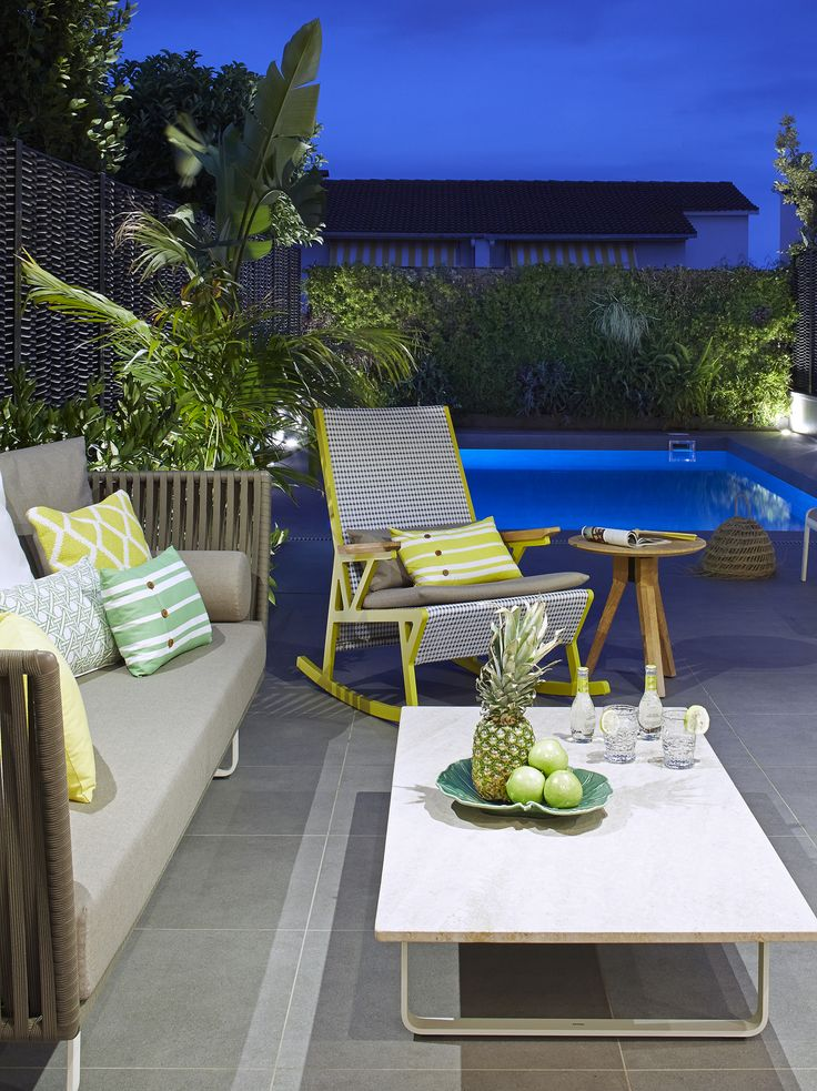 47 mejores im genes sobre exteriores en pinterest for Decoracion pared exterior jardin
