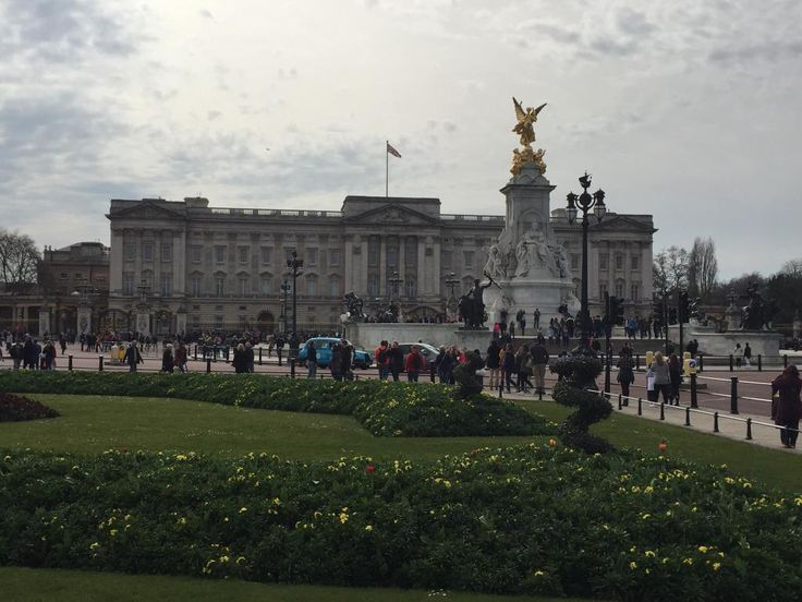 Buckingham Palace (London) - 7,267 Photos & 11,690 Reviews - TripAdvisor