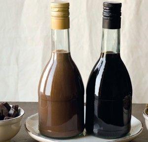 Liquore al cioccolato | Conserve di casa