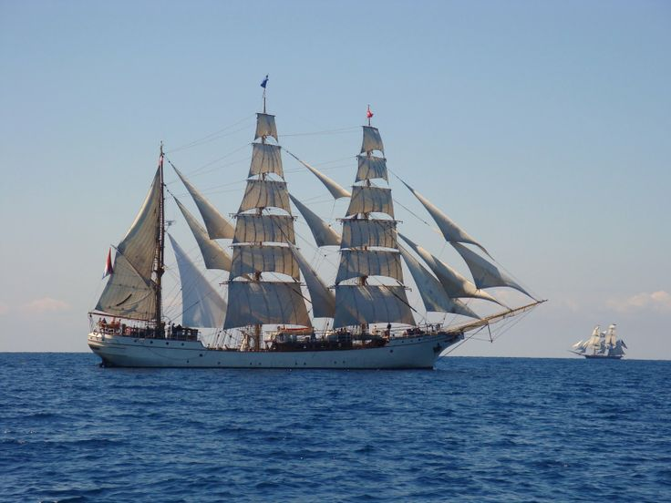 #McCainAllGood tall ship