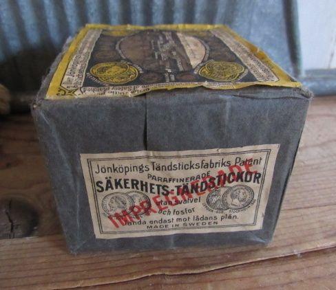 Volle verpakking antieke luciferdoosjes Jönköpings Tändsticksfabrik. begin 1900