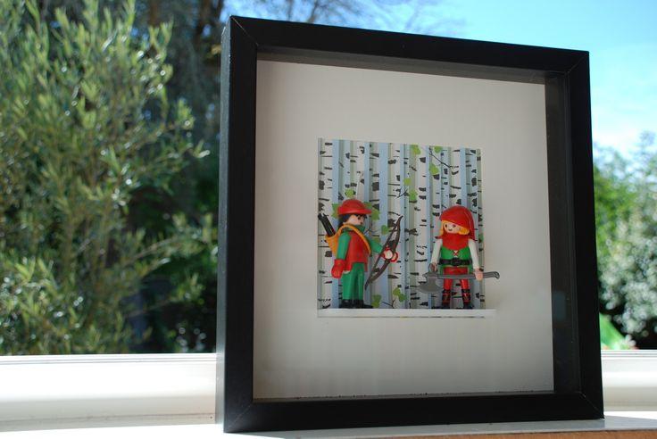 Robin and co, cadre vitrine déco avec playmobils® : Décorations murales par mademoiselle-loyal