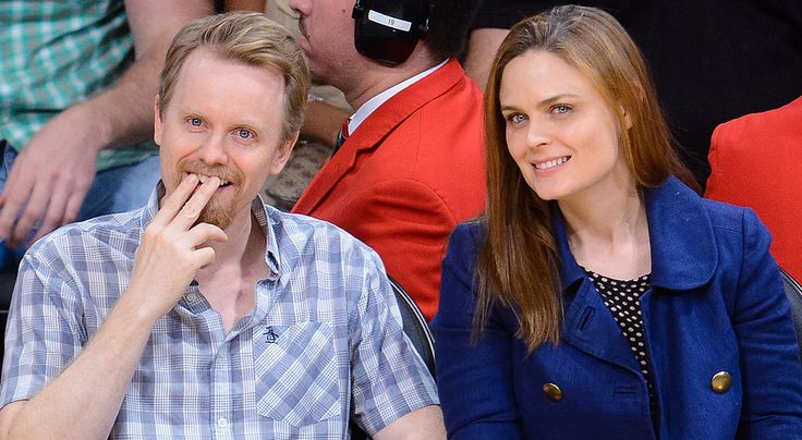 Emily Deschanel is pregnant!