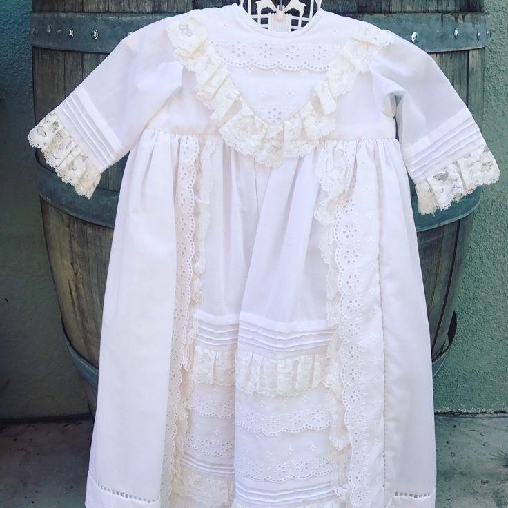 Beautiful two piece #vintage #lace #dress and #coat perfect for photos/ceremony find it on Etsy free shipping and coupons available