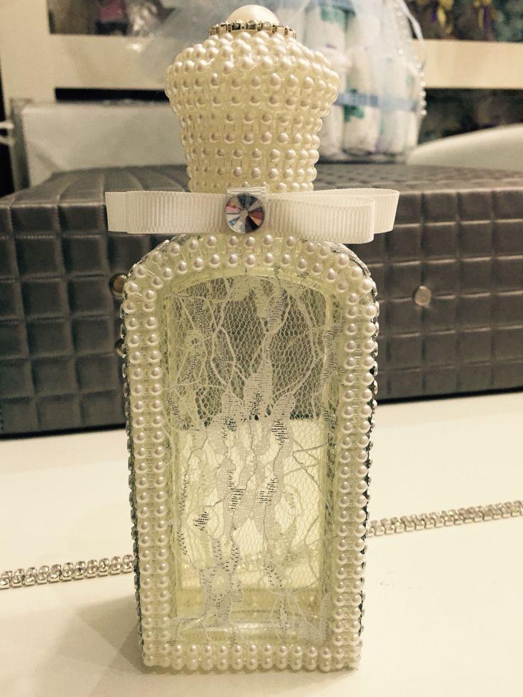 Süslü kolonya şişesi