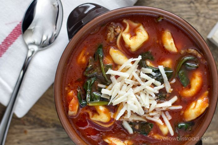 Tortellini Soup with Italian Sausage & Spinach via @yellowblissroad