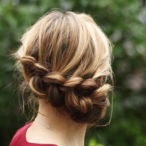 40 Casual and Formal Side Bun Hairstyles for 2020   Hair styles, Bun hairstyles