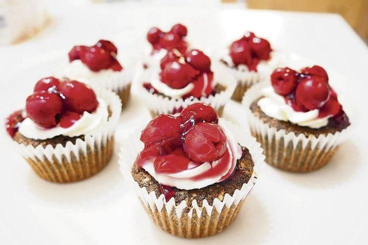 Makovo-višňové cupcakes bez múky