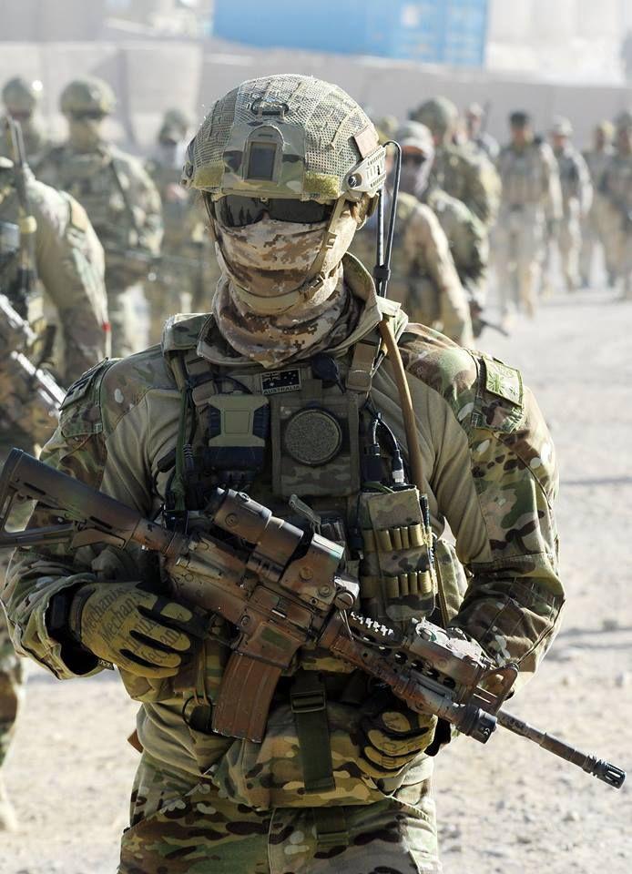Australian Special Air Service Regiment (SASR) operator. Uruzgan Province Afghanistan Oct 2013. (694x960)