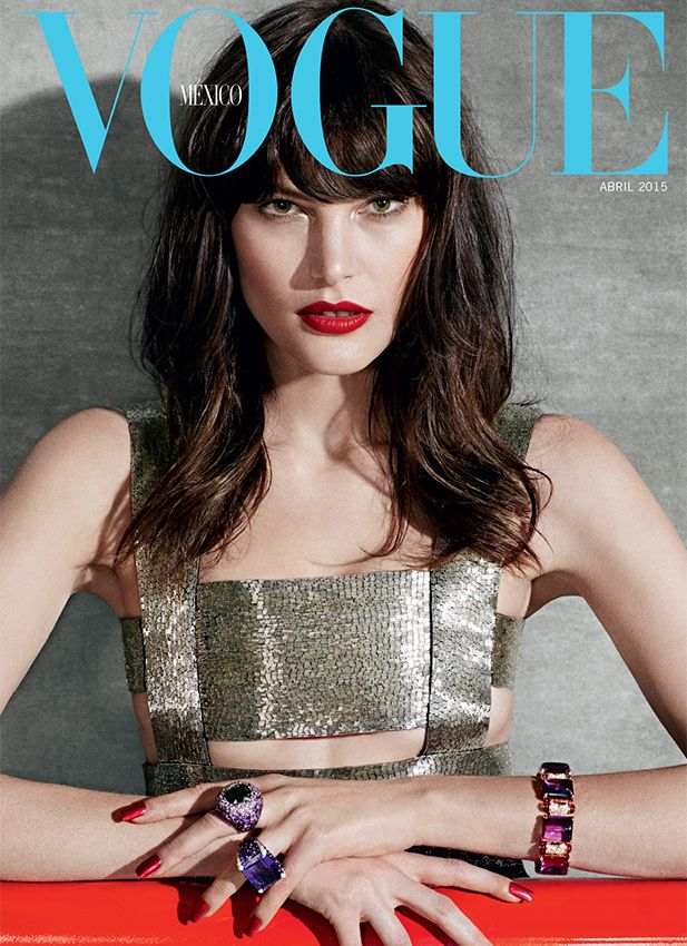 Una musa en @WorldMcQueen, anillos de @DeGrisogono y brazalete de @Bulgariofficial protagoniza su segunda portada.