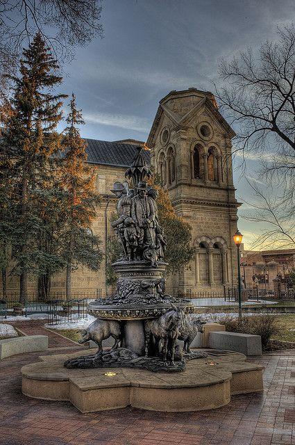 Santa Fe Cathedral Park Monument, New Mexico. Photo: rsusanto, via Flickr