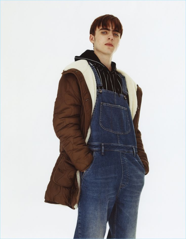 Lennon Gallagher rocks a pair of denim overalls from Topman's fall-winter 2017 collection.
