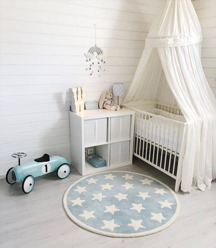 Cute 😍 by @mariell.eriksen #love #boysroom #gutterom #girlsroom #jenterom #interiør #inspo #barnerom #barneinteriør #barneinspo #barneromsinteriør #gravid #nyfødt #newborn #babyroom #barsel #mammaperm #mammalivet #småbarnsliv #interior #kidsinspo #kidsinterior #kidsdecor #nursery #nurserydecor #barnrum
