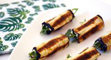 Gegrilde aubergine met hummus