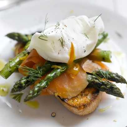 toasted sourdough with grilled asparagus, smoked salmon and poached eggs