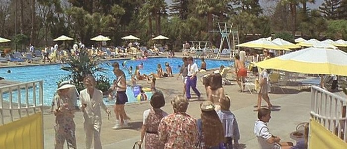The Swimming Pool Scenes In Mrs Doubtfire Were Filmed At The Claremont Hotel In The Oakland