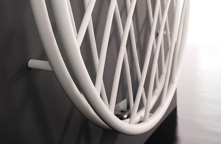 MEDUSA: più che un radiatore, una vera opera d'arte // MEDUSA: more than a radiator, a real piece of art. Designed by Luigi Molinis. #bathroom #home #furniture #heating #casa #riscaldamento
