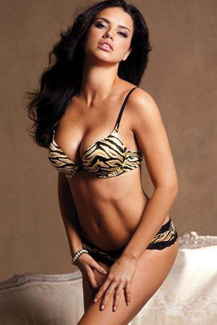 photorama: Adriana Lima sexy photos volume 1