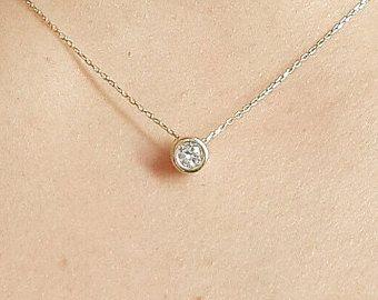 Collar de diamantes de medio quilate solitario por cestsla en Etsy