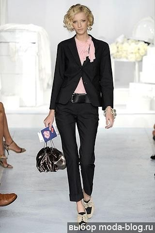 Летняя коллекция брючных костюмов для женщин 2009года