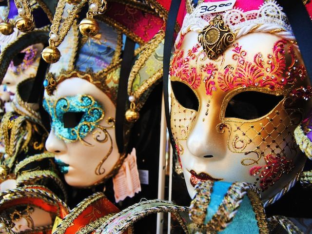 """""""Carnevale: Italian celebrations""""  Having fun in Italy with the best places during Carnival time"""