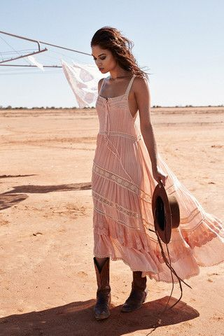 boho pale pink maxi dress styled with boots  Check out WTF IS FASHION featuring my thoughts, inspirations & personal style -> http://www.wtfisfashion.com/