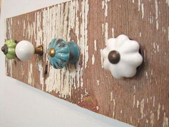 Shabby Chic-reclaimed wood-knob rack