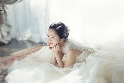 #WeddingPhotoshoot #Weddinginspiration #Korea #Brideonly