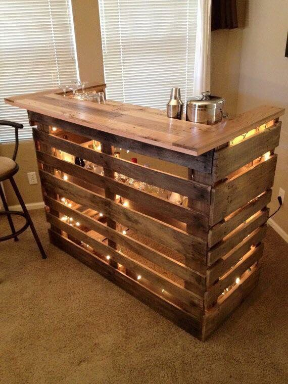Pallet bar for outside deck--yes please Garage, ideas, man cave, workshop, organization, organize, home, house, indoor, storage, woodwork, design, tool, mechanic, auto, shelving, car.