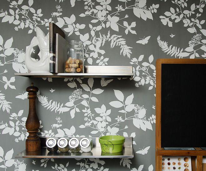 Charcoal Shadow Vine wallpaper